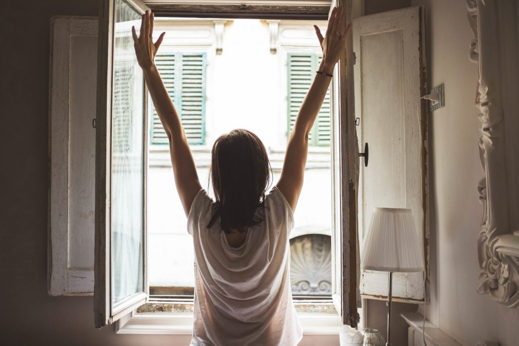 6 Morning Routine Tips to Start Your Day Right