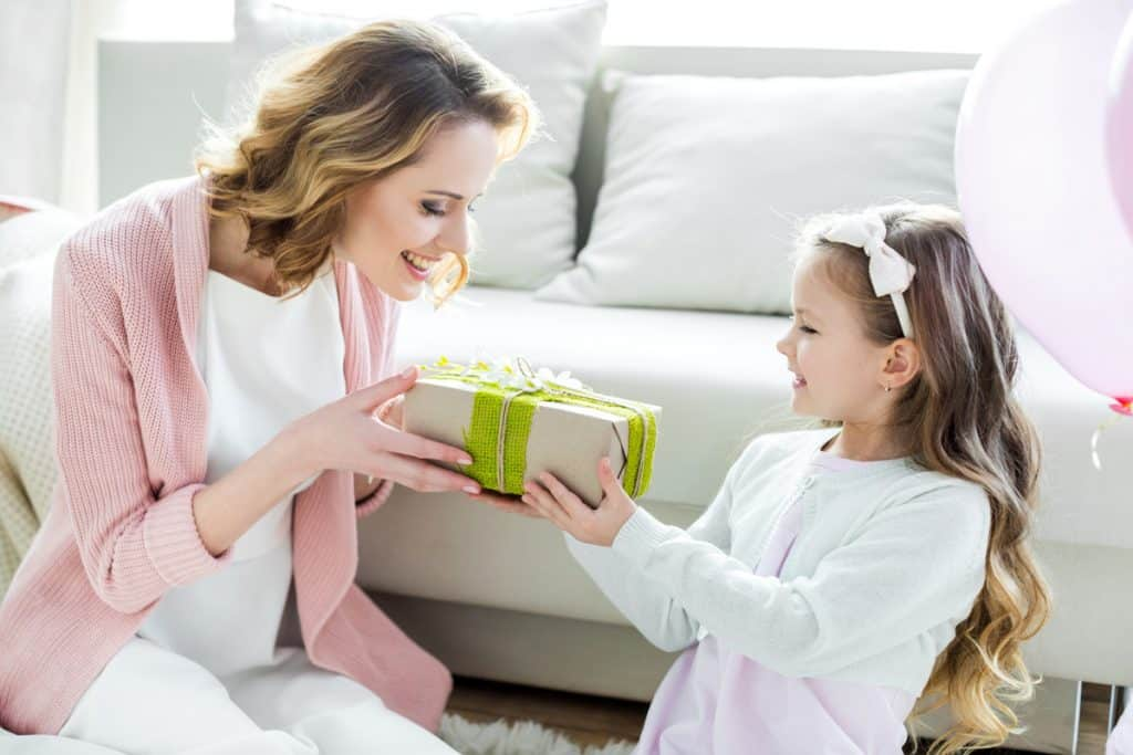 Low-Cost Gift Ideas for Mom
