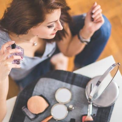 10 Makeup Essentials that Every Girl Should Own