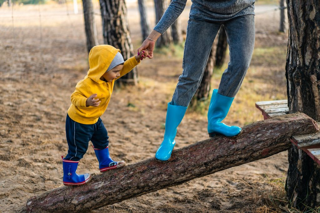How to Get the Kids to Spend more Time Outside with You